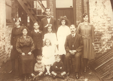 The Felows Family. Cottage Of Content, Upper Gornal c1920